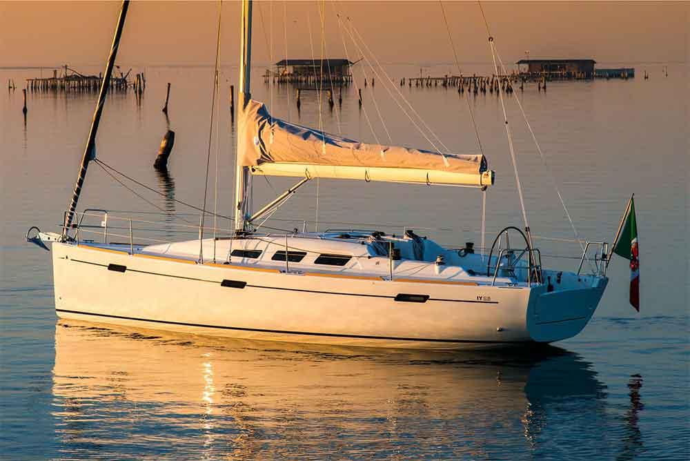 Italia Yachts 10,98