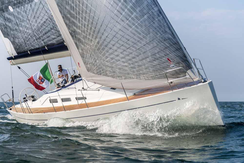 Italia Yachts 13,98