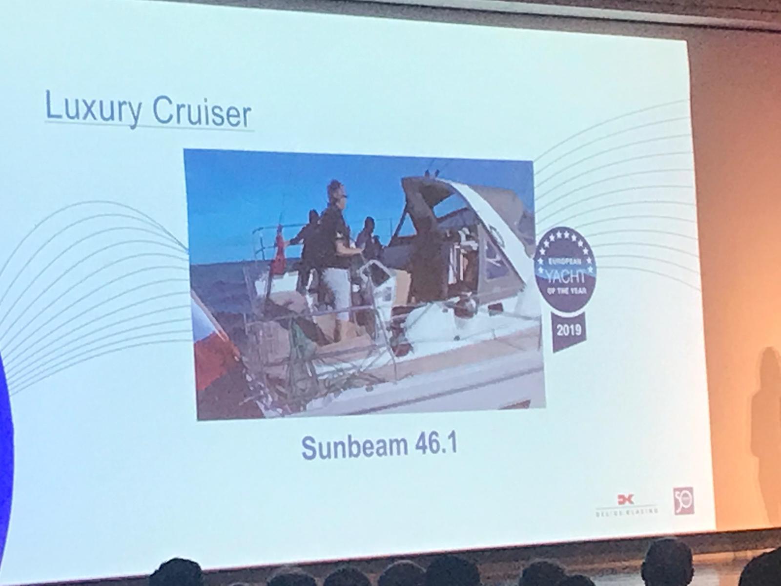 Sunbeam 46.1 Boat of the Year