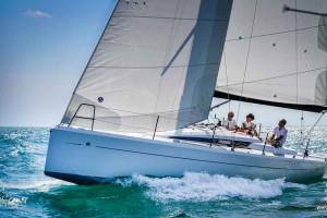 Italia Yachts 9,98 (2)