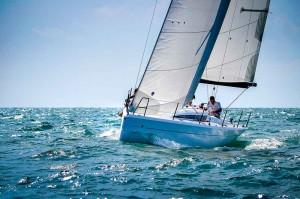 Italia Yachts 9,98 (3)