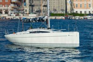 Italia Yachts 9,98 (8)