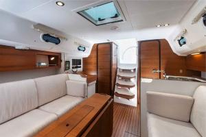 Italia Yachts 10,98 (19)