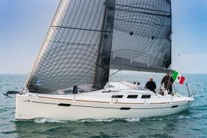 Italia Yachts 10,98 (2)