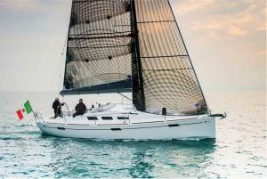Italia Yachts 10,98 (3)