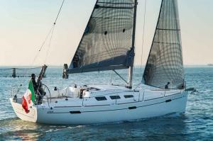Italia Yachts 10,98 (4)