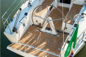 Italia Yachts 10,98 (9)