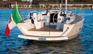 Italia Yachts 12,98 (10)