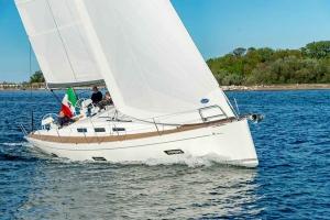 Italia Yachts 12,98 (2)