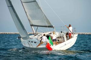 Italia Yachts 12,98 (3)