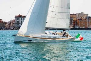 Italia Yachts 12,98 (4)