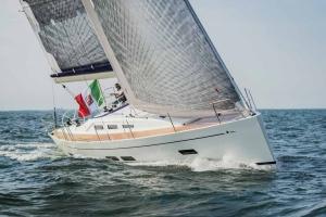 Italia Yachts (1)