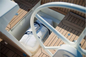 Italia Yachts (10)