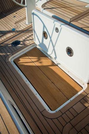 Italia Yachts (11)
