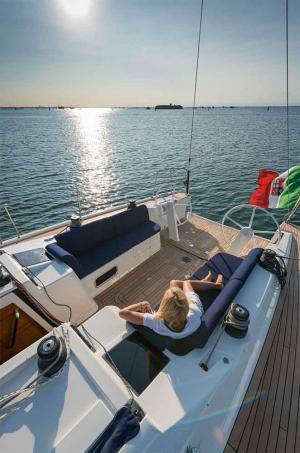 Italia Yachts (13)
