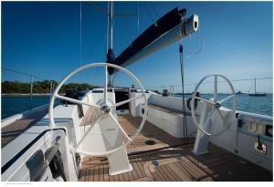 Italia Yachts (7)