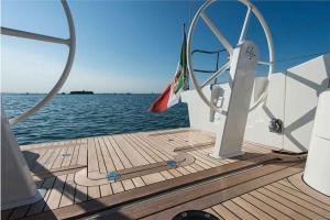 Italia Yachts (9)
